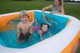 Kinderzwembad met ramen_