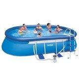 Groot opblaasbaar zwembad_