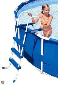 Zwembadtrap 122 cm