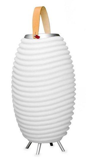 Deense lampen en outdoor speakers