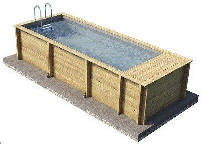 Smal houten inbouwzwembad