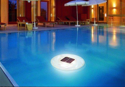 Drijvende zwembadlamp op zonne energie