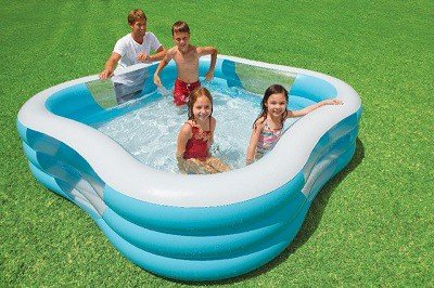 "Opblaasbaar familiezwembad ""Clearview"""