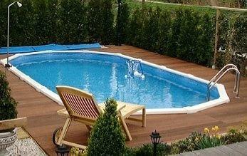 Interline Century zwembad